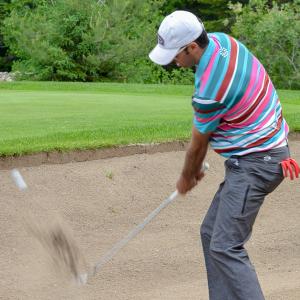 Club-de-golf-Lac-Etchemin-golfeur