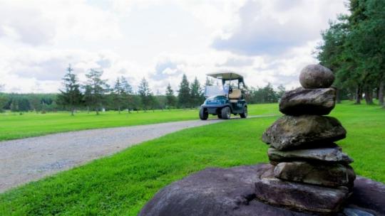 Club-de-golf-Lac-Etchemin-Photos-vidéos-voiturette